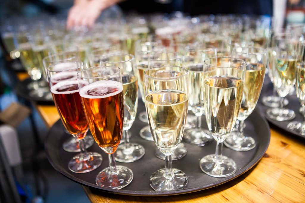 Ridder_Catering_drank_prosecco_champagne_feestelijk_toast_proosten